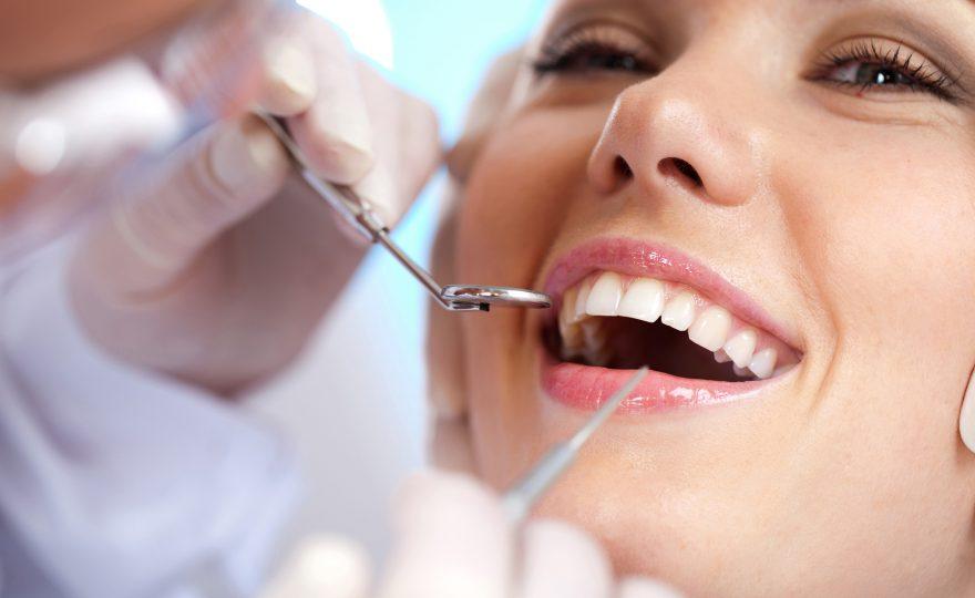 Quanto um plano odontológico pode trazer de economia?