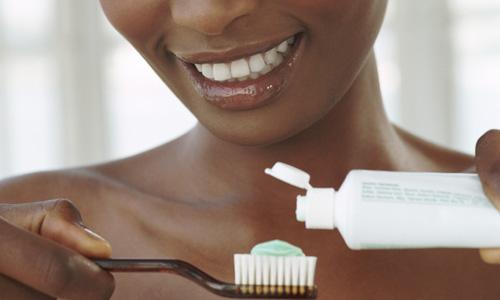 Veja como escolher seu creme dental