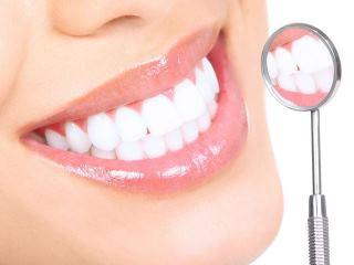 Clarear dentes: resultados compensam o investimento?